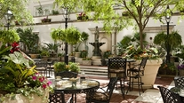 Image_207_ritz_carlton_new_orleans-courtyard