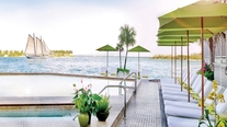 Image_207_ocean_key_resort_spa-liquid_lounge_pool