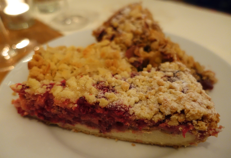 8 things to eat in germany travelsort for Kuchen frankfurt