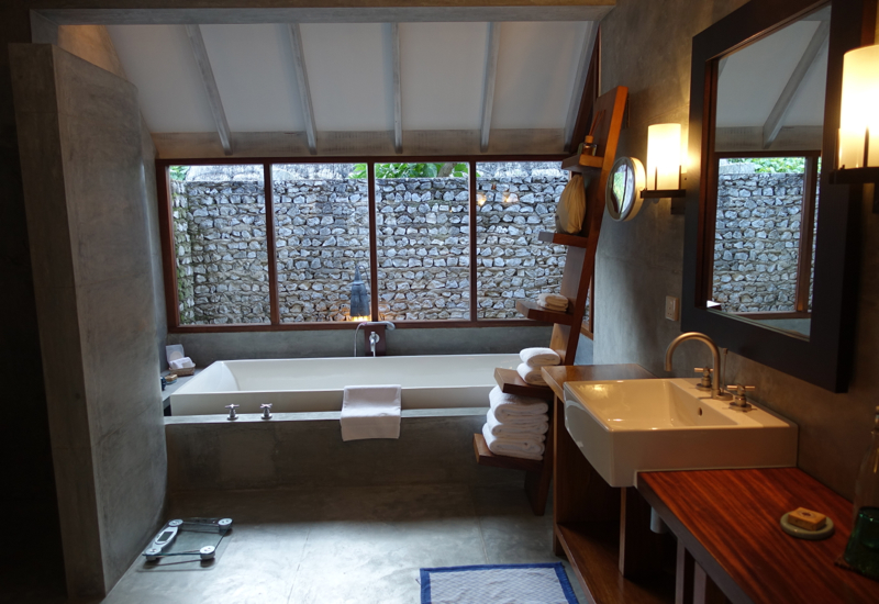 Review-Four Seasons Maldives at Landaa Giraavaru-Beach Bungalow Bathtub