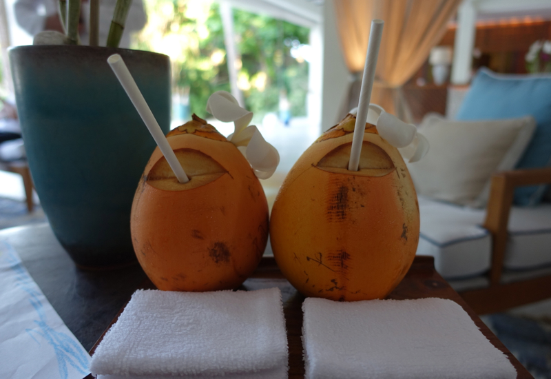 Four Seasons Maldives at Landaa Giraavaru - Young Coconut Welcome Drinks