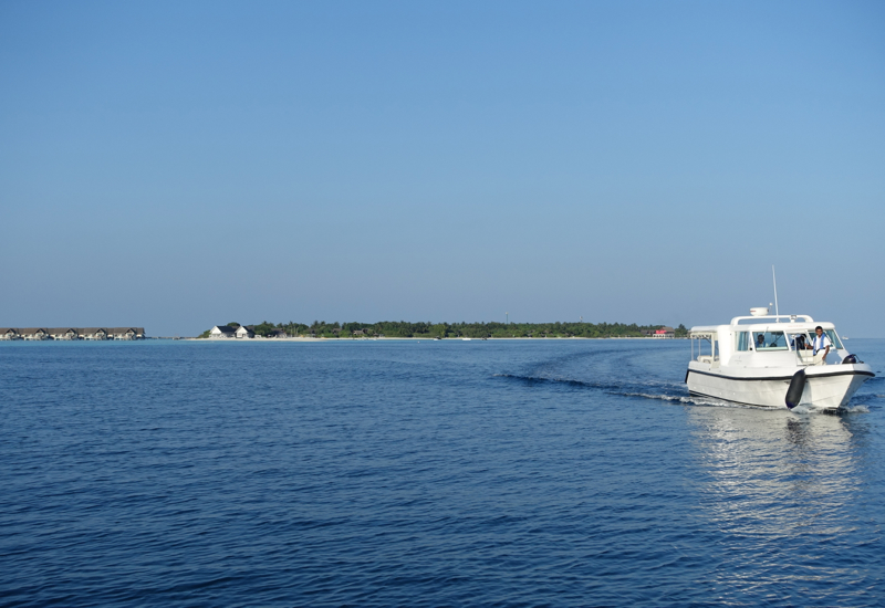Four Seasons Maldives Speedboat for Landaa Giraavaru