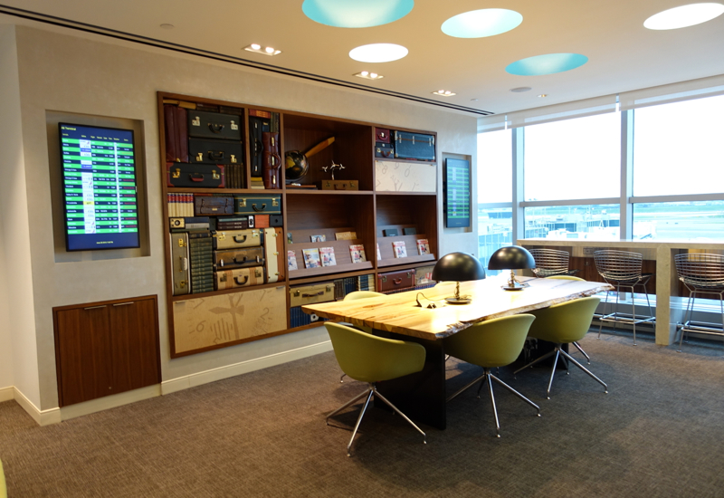 Review: AMEX Centurion Lounge New York LGA Airport-Communal Table