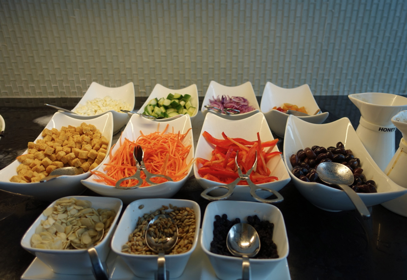 Review-AMEX Centurion Lounge New York LGA Airport-Salad Bar