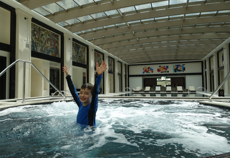 Four Seasons Moscow Pool and Whirlpool