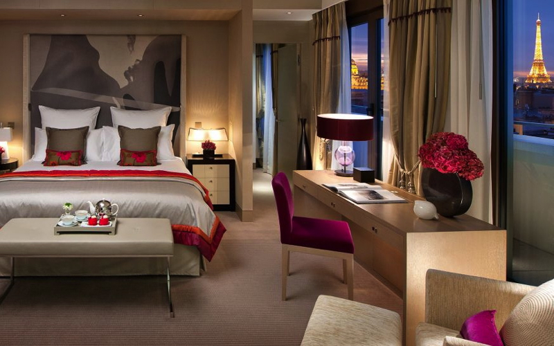 Mandarin Oriental Paris: 4th Night Free + Virtuoso Benefits