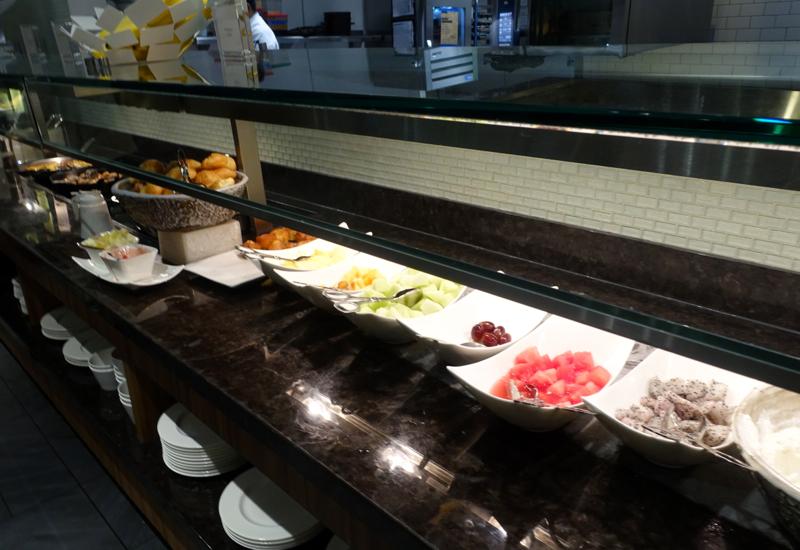 AMEX Centurion Lounge San Francisco Review - Breakfast Buffet