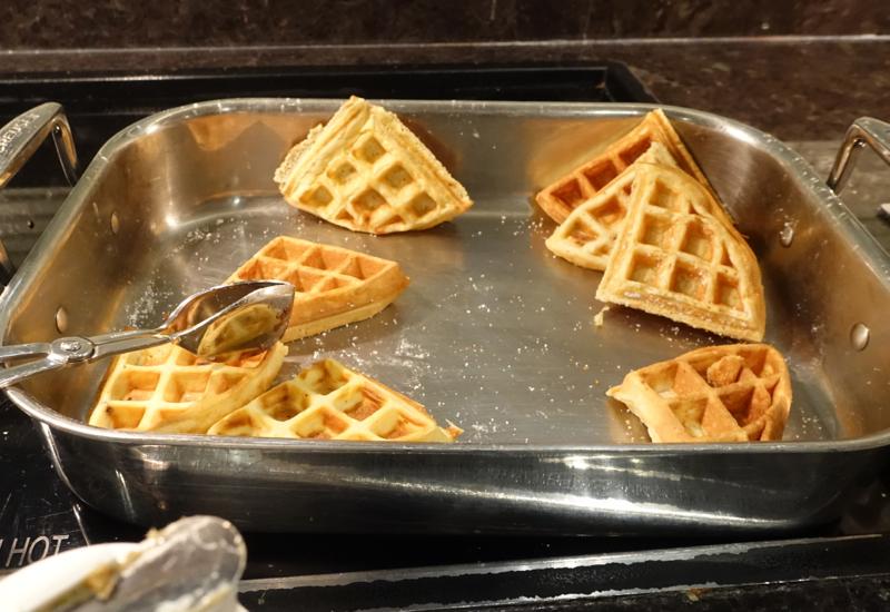 Waffles, AMEX Centurion Lounge San Francisco Review
