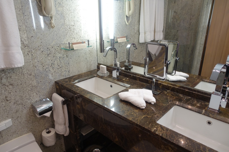 Dual His and Hers Sinks, Seabourn Quest