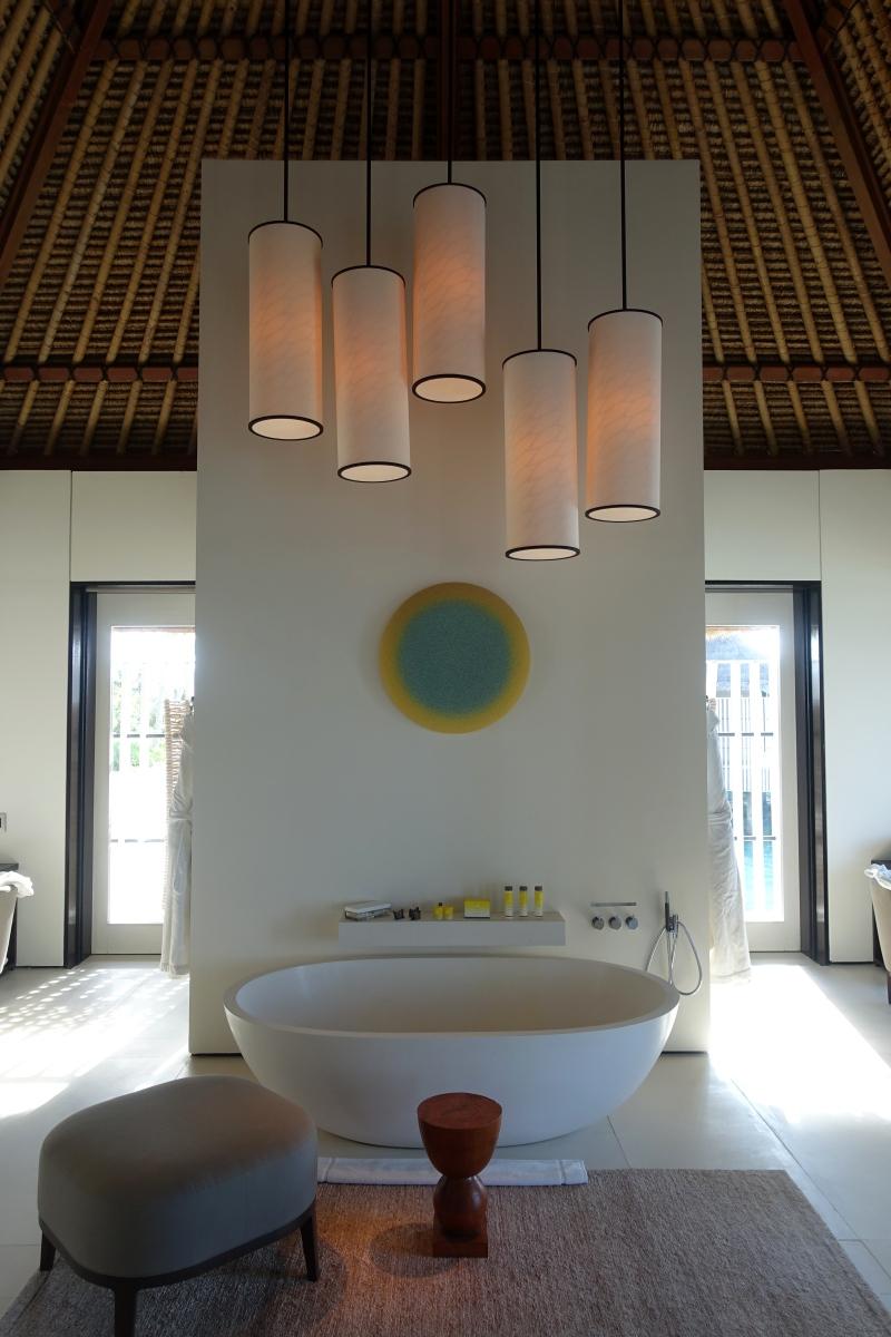 Water Villa Soaking Tub, Cheval Blanc Randheli Review