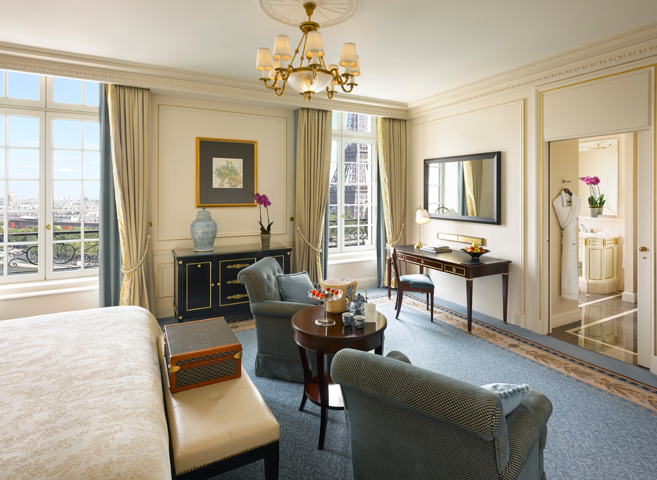 Maximize shangri la luxury circle upgrades and benefits for Terrace eiffel tower view room shangri la