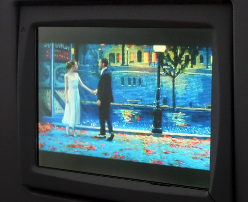 JetBlue: Free Movies such as La La Land
