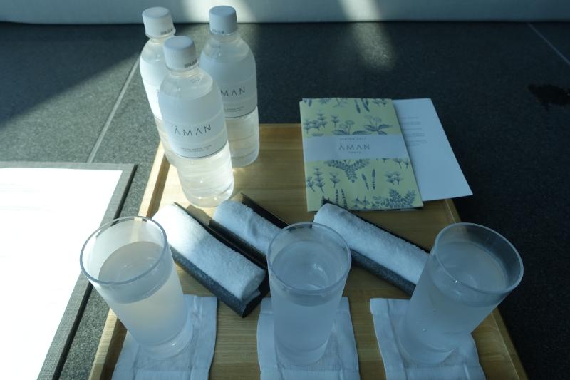 Aman Tokyo Pool Service: Cold Oshibori and Iced Water