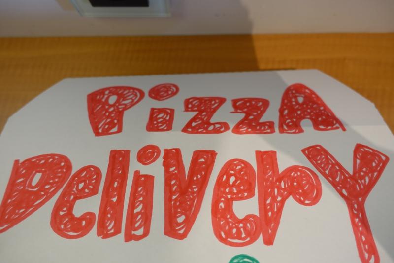 Mandarin Oriental Tokyo Kids' Welcome Amenity: Pizza Box