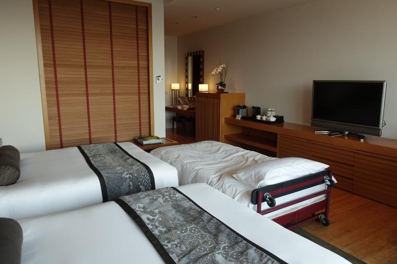 Mandarin Oriental Tokyo Deluxe Room Review
