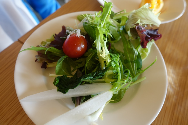 Amanemu American Breakfast: Salad!