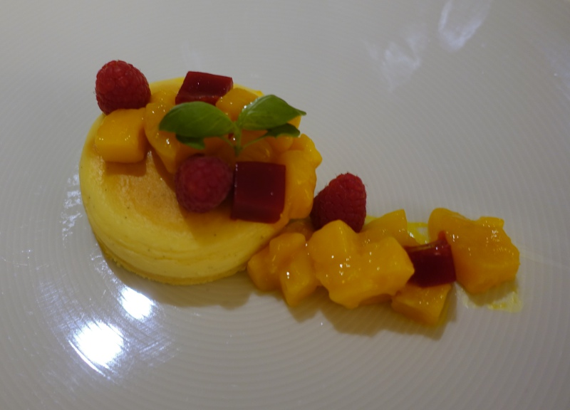 Cheesecake with Fruit, Four Seasons Kyoto Room Service Review