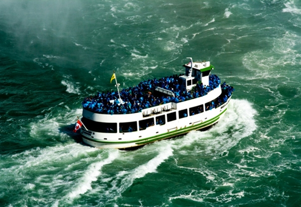 Maid of the Mist boat ride, Niagara Falls with Kids