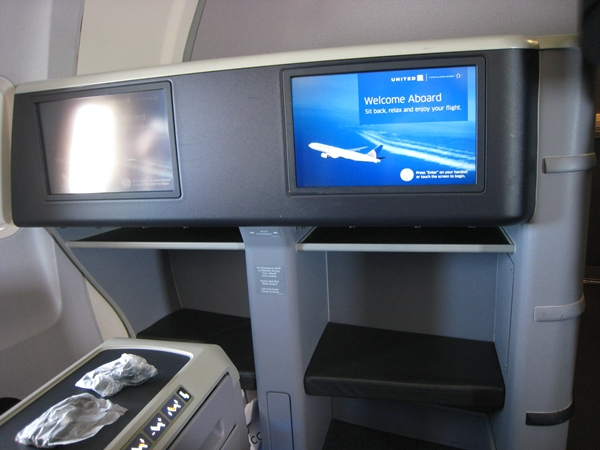 United BusinessFirst Review 757-200