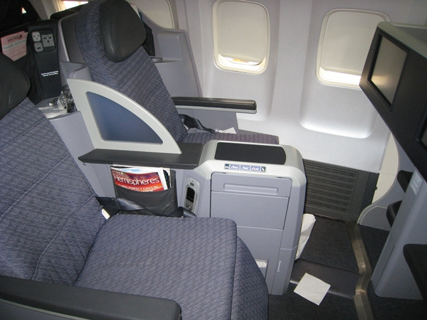 United BusinessFirst Review 757-200 Seats 1A and 1B