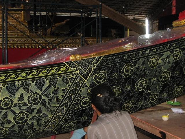 Royal Barges Museum Bangkok-painstaking design work