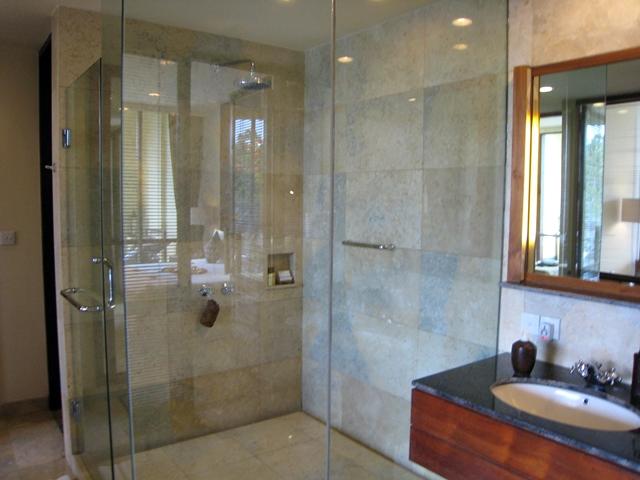 Komaneka at Bisma Shower