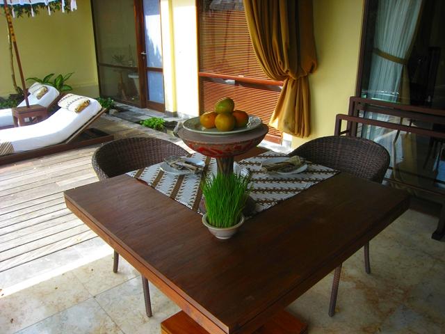 Komaneka at Bisma Hotel Review - One Bedroom Pool Villa fruit amenity