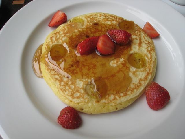 Komaneka at Bisma Review - Breakfast - Banana Pancake