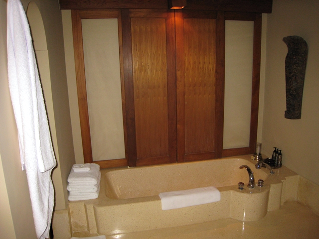 Amankila Ocean Suite Review, Bali - Bathroom