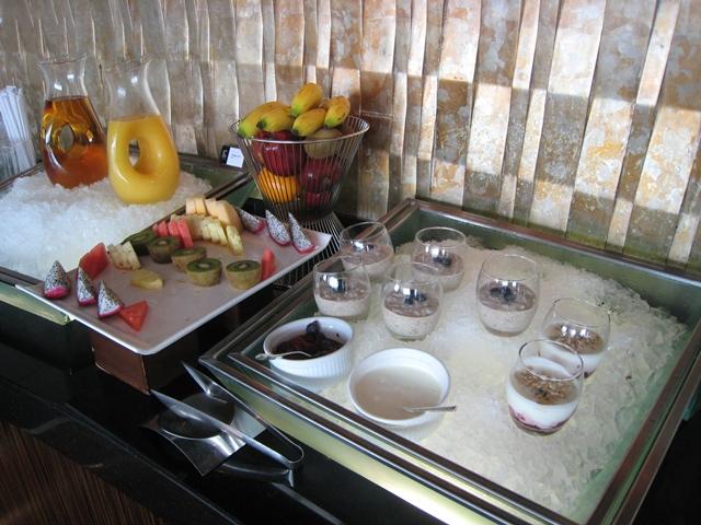 Langham Place Mongkok -Club Lounge Breakfast Buffet