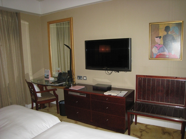 Langham Place Mongkok Review - Desk and TV