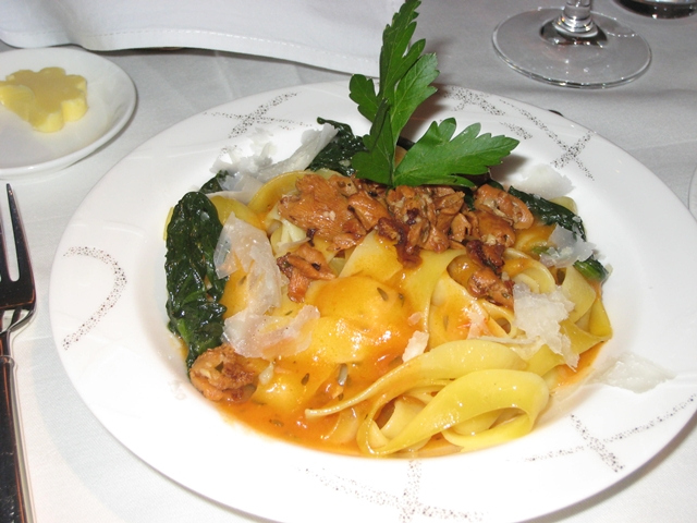 Cathay Pacific First Class Review: Fettuccine with Chanterelles