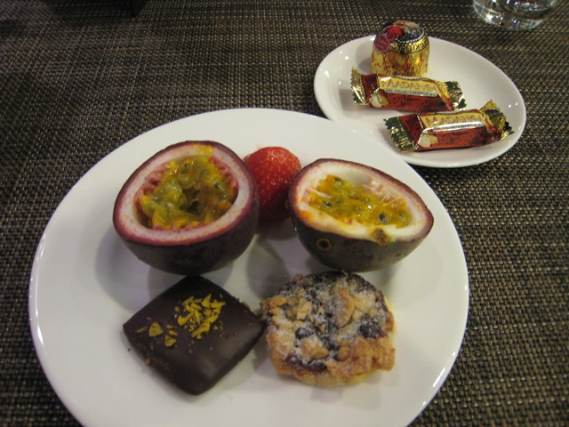 Lufthansa First Class Lounge, Munich - Dessert