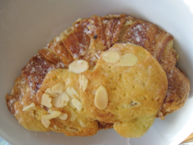 Maison Kayser NYC Review - Eric Kayser Opens Best NYC Bakery - Almond Croissant