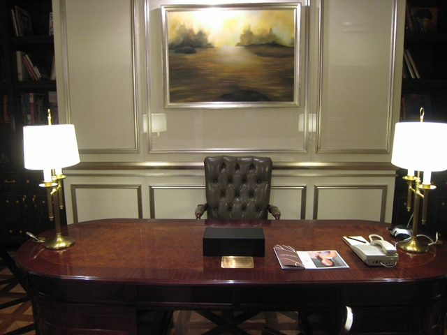 Lotte Hotel Moscow Review - Royal Suite Desk