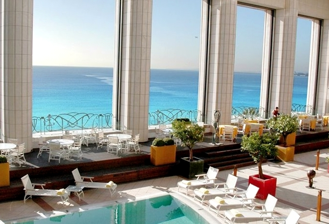 Best french riviera luxury hotels travelsort for Best hotels in nice