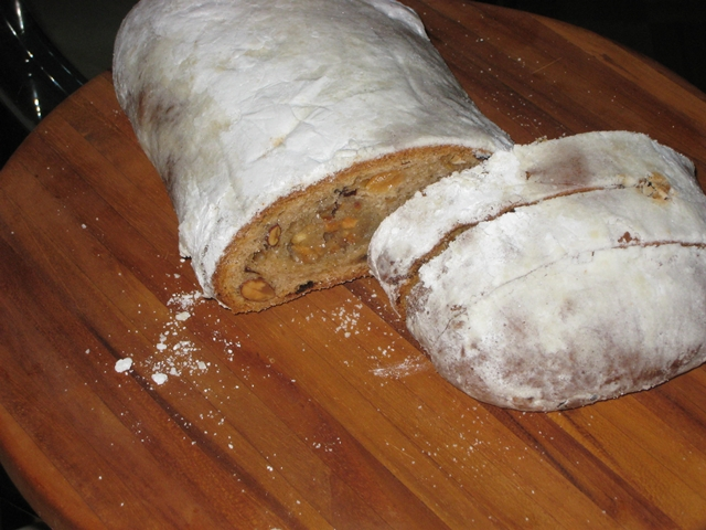 Maison Kayser NYC Review - Christmas Stollen