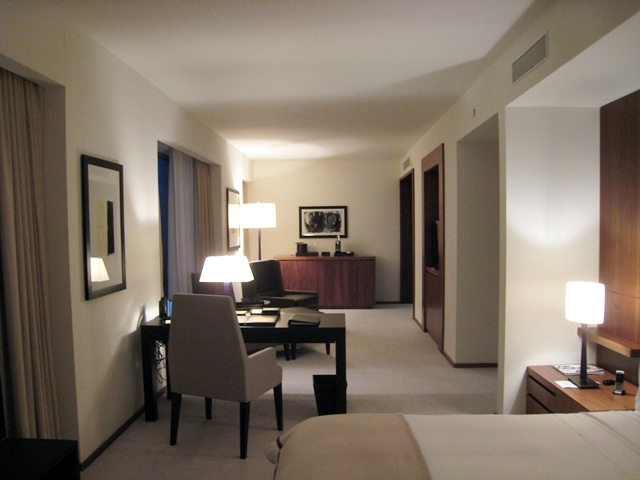 The Setai Fifth Avenue NYC Hotel Review - Empire King Room