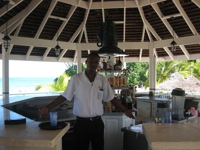 Couples Sans Souci Jamaica All Inclusive Resort - Beach Grill Bar