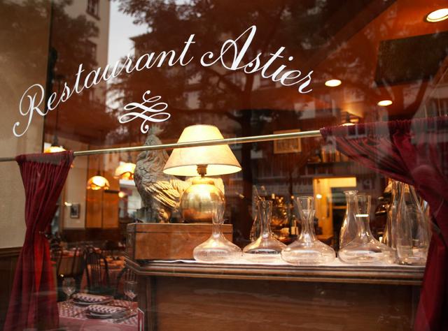 Top Paris Restaurants Open in August, Astier