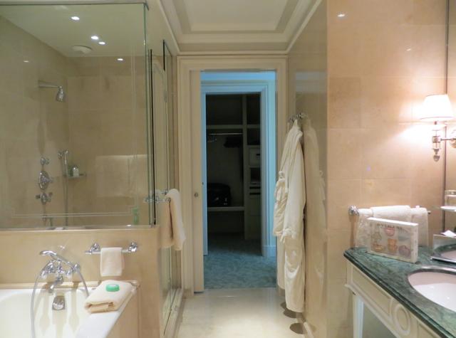Four Seasons Paris Review-Four Seasons Suite Bathroom