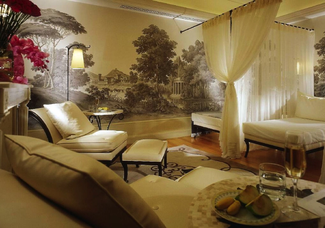 Four Seasons Paris Review - Spa Relaxation Room