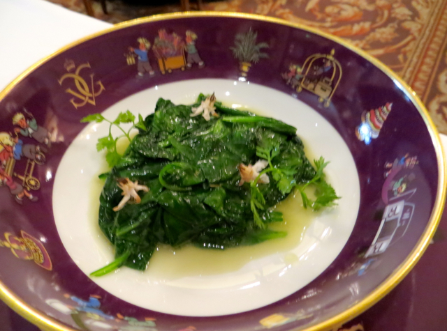 Le Cinq at Four Seasons Paris Review-Spinach Served on Les Triples China