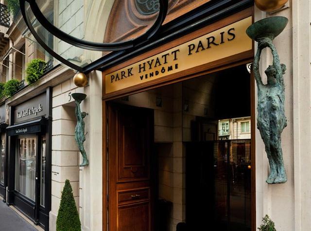 Park Hyatt Paris-Vendome Review - Entrance
