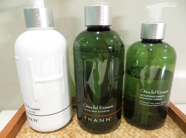 Thai Airways Royal Orchid Lounge Bangkok Review - Shower Room Bath Amenities