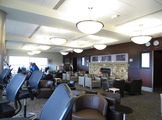 alaska airlines board room seattle lounge review travelsort. Black Bedroom Furniture Sets. Home Design Ideas
