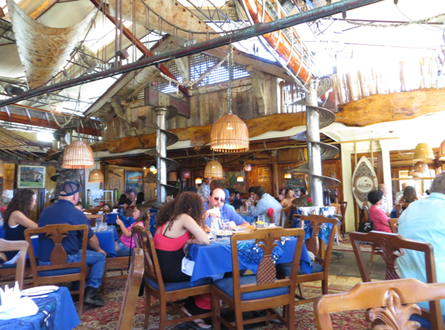 mama 39 s fish house review in paia maui travelsort