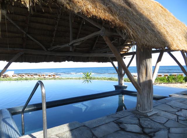Four Seasons Hualalai Review - Jacuzzi Whirlpool By Sea Shell Pool