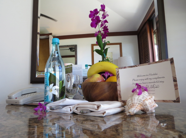 Four Seasons Hualalai Review - Welcome Note, Fruit and Bottled Water