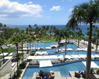 Featured_andaz_maui_wailea_review-view_of_pools_from_lobby